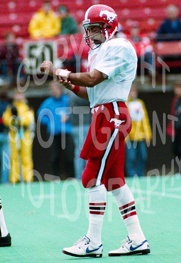 Tom Porras Calgary Stampeders 1990. Photo John Bradley