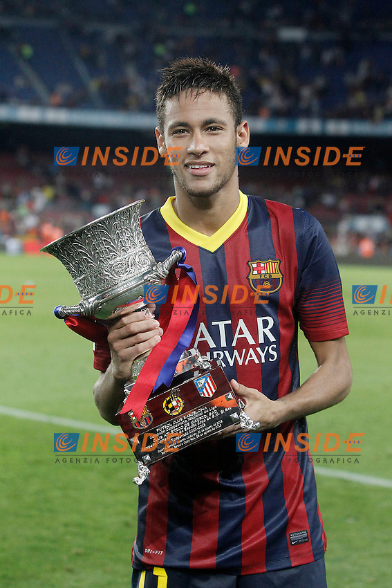 FC Barcelona's Neymar Santos Jr with the winner trophy of the  Supercup of Spain.August 28,2013. (ALTERPHOTOS/Acero) <br /> Football Calcio 2013/2014<br /> La Liga Spagna Supercoppa di Spagna Barcellona - Atletico MAdrid <br /> Foto Alterphotos / Insidefoto <br /> ITALY ONLY