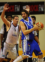 Chris Reay tries to block Saints forward Kevin Owens during the NBL Round 12 match between the Wellington Saints and Nelson Giants at TSB Bank Arena, Wellington, New Zealand on Thursday 15 May 2008. Photo: Dave Lintott / lintottphoto.co.nz