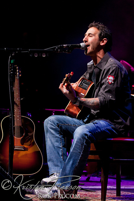 Sully Erna performs at Mohegan Sun Arena March 24, 2013