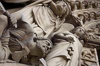 Craftsman, Portal of the Last Judgement (detail), Western façade, Notre Dame de Paris, 1163 ? 1345, initiated by the bishop Maurice de Sully, Ile de la Cité, Paris, France. Picture by Manuel Cohen