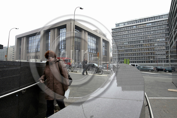 BRUSSELS - BELGIUM - 14 DECEMBER 2004-- The EU-Council building (L), Justus Lipsius, is becoming too small for the enlarged Europe. The building on the right will be renowated and joined to the Council buiding by the year 2010. -- PHOTO: JUHA ROININEN / EUP-IMAGES