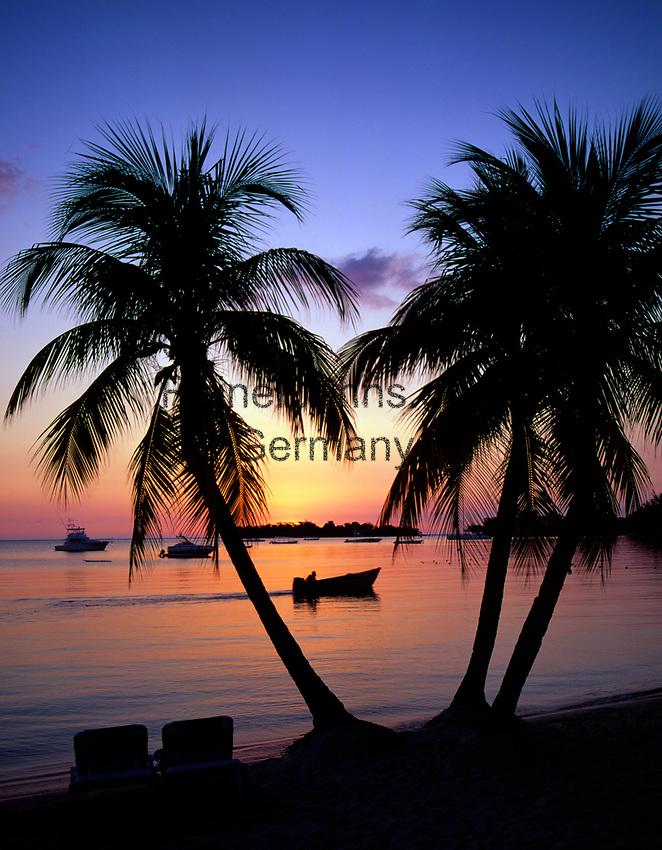 Jamaica, Westmoreland, Sonnenuntergang am Traumstrand Negril Beach | Jamaica, Westmoreland, Sunset at Negril Beach