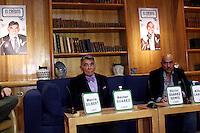 M&eacute;xico, D.F.- 10ene2014 &ndash; Club de Banqueros<br /> H&eacute;ctor Su&aacute;rez y H&eacute;ctor Su&aacute;rez Gom&iacute;s actuar&aacute;n por primera vez juntos en la obra titulada &quot;El Cr&eacute;dito&quot;, obra dram&aacute;tica de Jordi Galcer&aacute;n, considerado el rey del humor negro. El estreno ser&aacute; el 11 de febrero en Zentrika Santa Fe.<br /> Photo: Francisco Morales/DAMMPHOTO