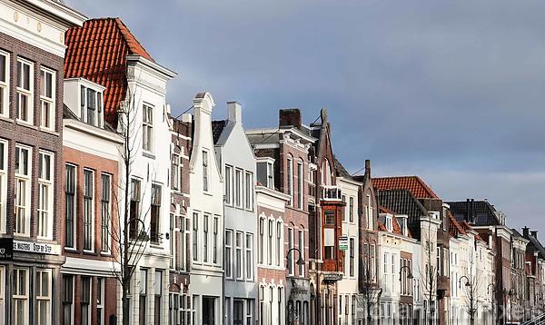 Nederland - Gouda - December 2018.  Huizen aan de Turfmarkt.   Foto Berlinda van Dam