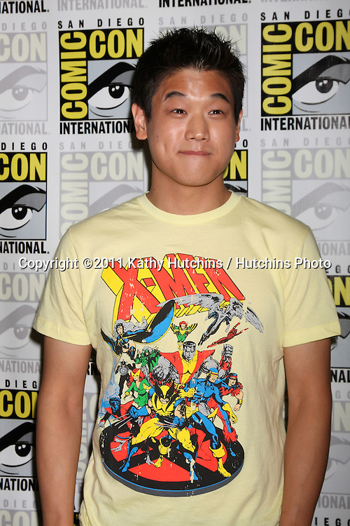 SAN DIEGO - JUL 22:  Ki Hon Lee at the 2011 Comic-Con Convention - Day 2 at San Diego Convetion Center on July 22, 2010 in San DIego, CA.