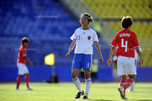 Ami Otaki (JPN), Lim Seon-Joo (KOR),.JULY 10, 2009 - Football / Soccer :.The 25th Summer Universiade 2009, Women's Final match between Japan 1-4 South Korea at Partizan Stadium in Belgrade, Serbia. (Photo by AFLO SPORT)