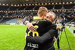Solna 2015-08-10 Fotboll Allsvenskan AIK - Djurg&aring;rdens IF :  <br /> AIK:s ordf&ouml;rande Johan Segui kramar om Jos Hooiveldefter matchen mellan AIK och Djurg&aring;rdens IF <br /> (Foto: Kenta J&ouml;nsson) Nyckelord:  AIK Gnaget Friends Arena Allsvenskan Djurg&aring;rden DIF jubel gl&auml;dje lycka glad happy glad gl&auml;dje lycka leende ler le