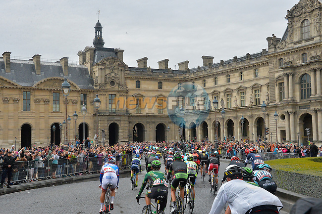 Riders approach Le Louvres in Paris during Stage 21 of the 2015 Tour de France running 109.5km from Sevres to Paris - Champs Elysees, France. 26th July 2015.<br /> Photo: ASO/B.Bade/Newsfile