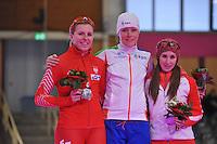 SCHAATSEN: BERLIJN: Sportforum, 06-12-2013, Essent ISU World Cup, podium 3000m Ladies Division B, Natalia Czerwonka (POL), Jorien ter Mors (NED), Ivanie Blondin (CAN), ©foto Martin de Jong