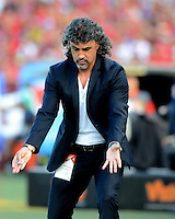 MEDELLÍN -COLOMBIA-12-JUNIO-2016.Leonel Álvarez director técnico  del Medellín  en acción contra el Cortuluá  durante partido por la semifinal semifinal-vuelta de Liga Águila I 2016 jugado en el estadio Atanasio Girardot ./ Leonel Alvarez cach of  Medellinin actions against of Cortulua during the match for semifinal the Aguila League I 2016 played at Atanasio Girardot  stadium in Medellin . Photo: VizzorImage / León Monsalve  / Contribuidor