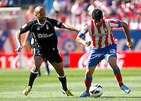 Atletico's Diego Costa and Granada's Mikel Rico during La Liga BBVA match. April 14, 2013.(ALTERPHOTOS/Alconada)