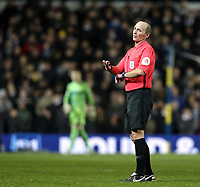 Referee Michael Dean<br /> <br /> Photographer Rich Linley/CameraSport<br /> <br /> The EFL Sky Bet Championship - Leeds United v Reading - Tuesday 27th November 2018 - Elland Road - Leeds<br /> <br /> World Copyright &copy; 2018 CameraSport. All rights reserved. 43 Linden Ave. Countesthorpe. Leicester. England. LE8 5PG - Tel: +44 (0) 116 277 4147 - admin@camerasport.com - www.camerasport.com