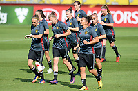 20170719 - BREDA , NETHERLANDS :  Belgian Lorca Van De Putte (left) , Yana Daniels (middle) and Sara Yuceil (r) pictured during Matchday -1 training session of the Belgian national women's soccer team Red Flames on the pitch of NAC BREDA , on wednesday 19 July 2017 in stadion Rat Verlegh in Breda . The Red Flames are at the Women's European Championship 2017 in the Netherlands. PHOTO SPORTPIX.BE | DAVID CATRY