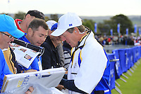 Des Smyth Vice Captain Europe signs autographs on the range Tuesday's Practice Day ahead of the 2014 Ryder Cup at Gleneagles. The 40th Ryder Cup is being played over the PGA Centenary Course at The Gleneagles Hotel, Perthshire from 26th to 28th September 2014.: Picture Eoin Clarke, www.golffile.ie: 23-Sep-14