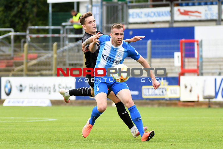 28.06.2020, Hänsch-Arena, Meppen, GER, 3.FBL, SV Meppen vs. FC Ingolstadt 04 <br /> <br /> im Bild<br /> Dennis Eckert (FC Ingolstadt 04, 7) und Marco Komenda (SV Meppen, 6) im Zweikampf, Duell, Laufduell.<br /> <br /> <br /> DFL REGULATIONS PROHIBIT ANY USE OF PHOTOGRAPHS AS IMAGE SEQUENCES AND/OR QUASI-VIDEO<br /> <br /> Foto © nordphoto / Paetzel
