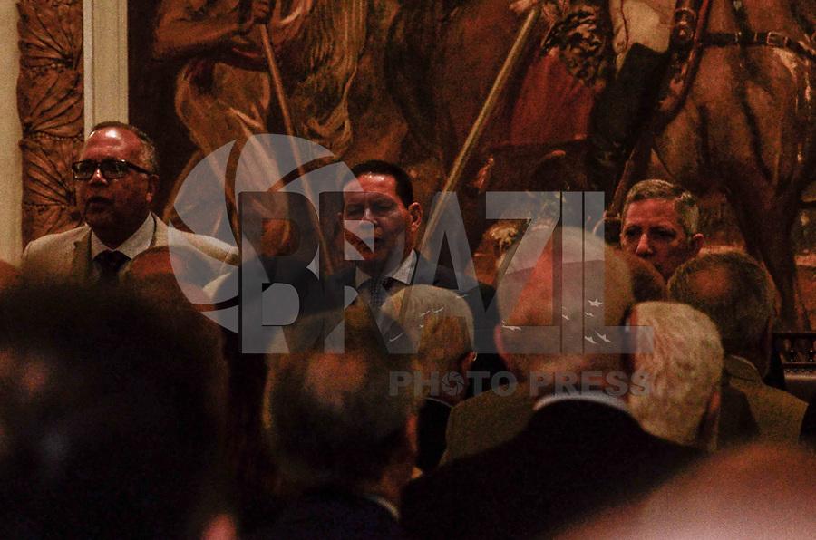 """RIO DE JANEIRO, RJ, 24.09.2019 - HAMILTON MOURÃO-RJ - O Excelentíssimo Senhor Vice-Presidente da Republica, Hamilton Mourão, participa nesta terça-feira do evento """"Palestra com Vice-Presidente da República"""", na sede do Clube Militar do Rio de Janeiro(Sede Central do Clube Militar), Centro do Rio de Janeiro ( Foto: Vanessa Ataliba/Brazil Photo Press/Folhapress)"""