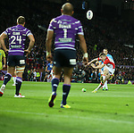 St Helens Mark Percival kicks a penalty- First Utility Super League Grand Final - St Helens v Wigan Warriors - Old Trafford Stadium - Manchester - England - 11th October 2014 - Pic Paul Currie/Sportimage