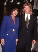 Elizabeth Taylor and husband Larry Fortensky 1991<br /> Photo By John Barrett/PHOTOlink.net