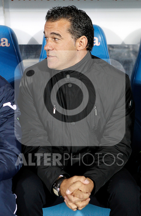 Getafe's coach Luis Garcia during La Liga match. November 26, 2011. (ALTERPHOTOS/Alvaro Hernandez)