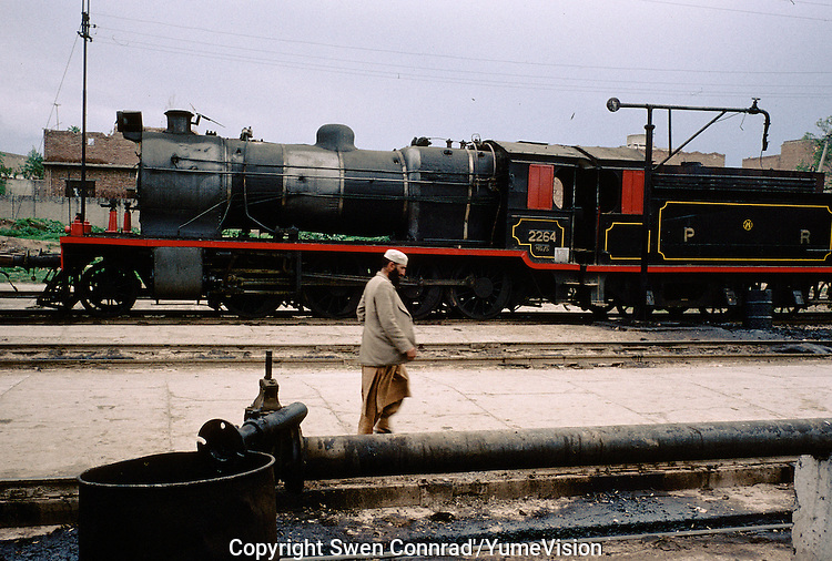Side-tracking for the Afghan Khyber pass locomotive, Peshawar Pakistan