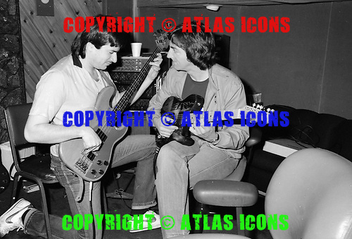 ALLAN HOLDSWORTH AND JEFF BERLIN, RECORDING STUDIO,1983, NEIL ZLOZOWER
