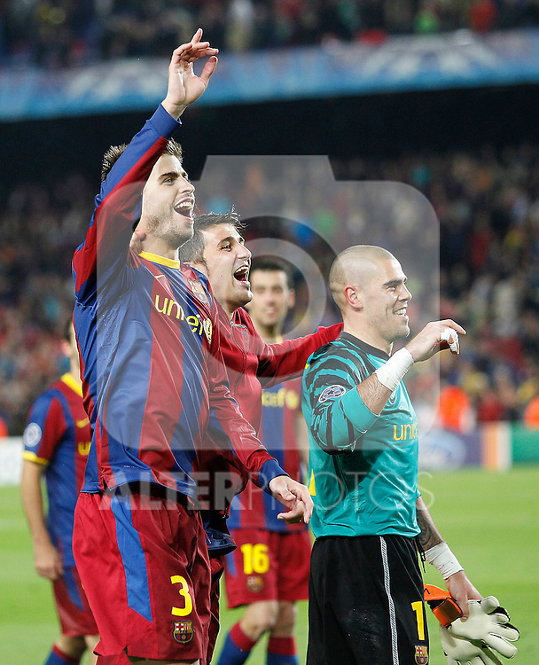 FC Barcelona's Victor Valdes, David Villa and Gerard Pique celebrate the victory in the UEFA Champions League Semifinal match.May 3,2011.(ALTERPHOTOS/Acero)
