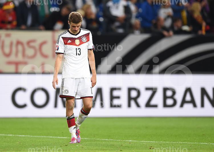 Fussball International EM 2016-Qualifikation  Gruppe D  in Gelsenkirchen 14.10.2014 Thomas Mueller (Deutschland) nach dem Spiel enttaeuscht.