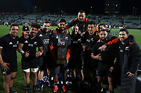 All Blacks pose with the Freedom Cup after the Rugby Championship match between the New Zealand All Blacks and South Africa Springboks at QBE Stadium in Albany, Auckland, New Zealand on Saturday, 16 September 2017. Photo: Shane Wenzlick / lintottphoto.co.nz