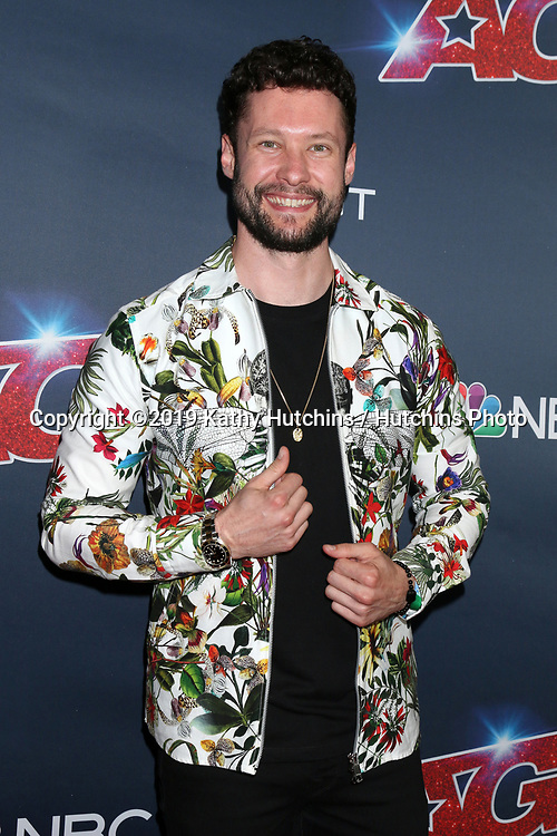 """LOS ANGELES - SEP 18:  Calum Scott at the """"America's Got Talent"""" Season 14 Finale Red Carpet at the Dolby Theater on September 18, 2019 in Los Angeles, CA"""