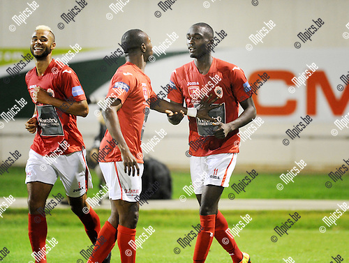 2013-08-31 / Voetbal / seizoen 2013 / R. Antwerp FC - Geel / Antwerp viert de 1-0 van Kevin Tano (r.)<br /><br />Foto: Mpics.be