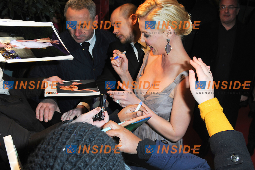 "Katherine Heigl .Parigi 31/12/2011 Champs Elysees.""One For The Money"" - ""Recherche Bad Boys desesperement"" Premiere.Foto Insidefoto / Anthony Ghnassia / Panoramic.Italy Only"