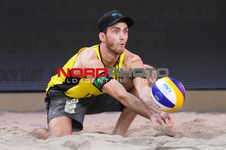 06.01.2019, Den Haag, Sportcampus Zuiderpark<br /> Beachvolleyball, FIVB World Tour, 2019 DELA Beach Open, Finale<br /> <br /> Annahme Clemens Wickler (#2)<br /> <br />   Foto © nordphoto / Kurth