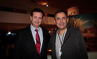 SAO PAULO, SP, 11 JUNHO 2012 - SPFW  -  O prefeito de Sao Paulo Gilberto Kassab (E) e o idealizador da SPFW Paulo Borges durante a 33ª edição do São Paulo Fashion Week Verão 2013, nesta segunda-feira, 11. (FOTO: VANESSA CARVALHO / BRAZIL PHOTO PRESS).