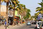 Cabo Verde, Kaap Verdie, KaapVerdie, sal kaapverdie santa maria 2017<br /> Santa Maria, officieel  is een plaats in het zuiden van het Kaapverdische eiland Sal met 6.272 inwoners. Met de opkomst van het toerisme heeft de plaats bekendheid gekregen en is het toerisme de voornaamse inkomstenbron<br /> Kaapverdië, dat behoort tot de geografische regio Ilhas de Barlavento<br />   foto  Michael Kooren<br /> streets of  Santa Maria  sunshine, streetlife, shops, bars, restaurants,