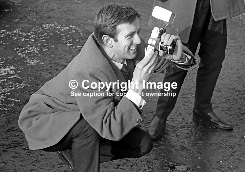 Stanley Matchett, press photographer, Belfast Telegraph, N Ireland, February 1968. 196802000038b<br />