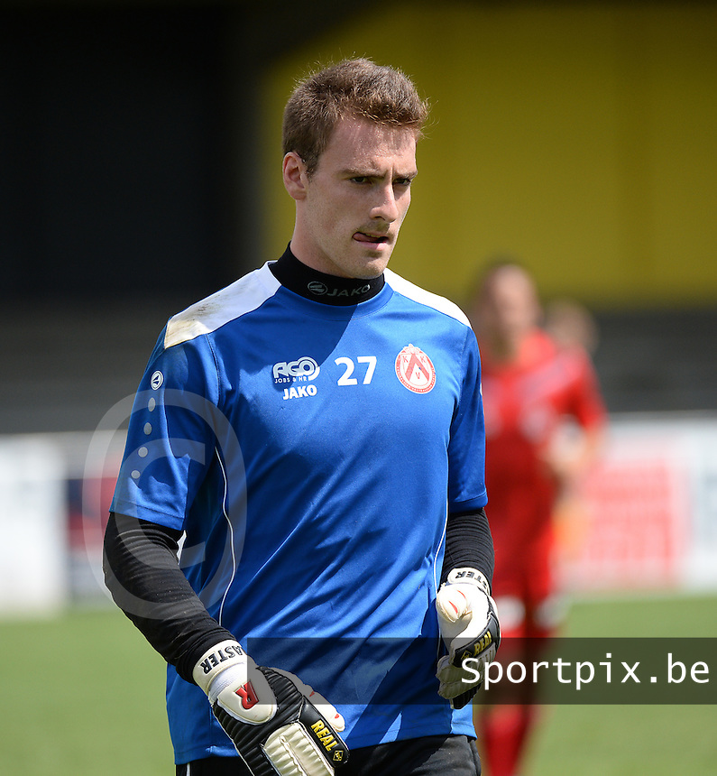 20150627 - Lauwe , BELGIUM : Kortrijk's Laurent Henkinet pictured during a friendly match between Belgian first division team KV Kortrijk and Belgian third division soccer team FC Izegem , during the preparations for the 2015-2016 season, Saturday 27th June 2015 in Lauwe. PHOTO DAVID CATRY