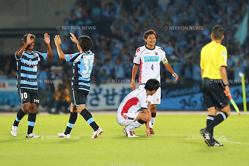 (L to R) Renato (Frontale), Kyotaro Yamakoshi (Frontale), Masaki Yamamoto (Consadole), Ryuji Kawai (Consadole), .September 29, 2012 - Football / Soccer : .2012 J.LEAGUE Division 1, 27th Sec .match between Kawasaki Frontale 1-0 Consadole Sapporo .at Kawasaki Todoroki Stadium, Kanagawa, Japan. .(Photo by Daiju Kitamura/AFLO SPORT) [1045]
