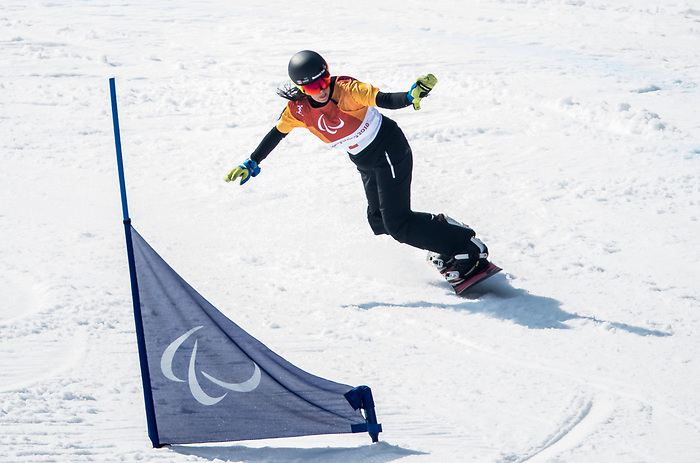 PyeongChang 10/3/2018 - Michelle Salt during a snowboard cross training session at the Jeongseon Alpine Centre during the 2018 Winter Paralympic Games in Pyeongchang, Korea. Photo: Dave Holland/Canadian Paralympic Committee