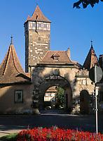 Deutschland, Bayern, Franken, Rothenburg ob der Tauber: Rödertor (Stadttor) | Germany, Bavaria, Upper Bavaria, Franconia, Rothenburg ob der Tauber: Roeder gate (town gate)