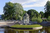 Schwanenteich in Liepaja, Lettland, Europa