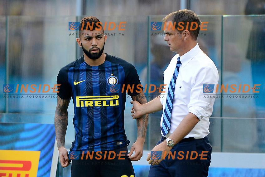 Frank De Boer allenatore Inter coach con Gabriel Barbosa<br /> Milano 25-09-2016 Stadio Giuseppe Meazza - Football Calcio Serie A Inter - Bologna. Foto Giuseppe Celeste / Insidefoto