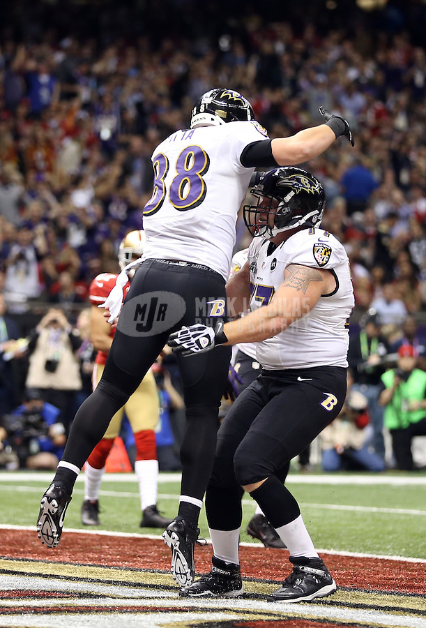 Feb 3, 2013; New Orleans, LA, USA; Baltimore Ravens tight end Dennis Pitta (88) celebrates with teammates after catching a touchdown pass against the San Francisco 49ers in the second quarter in Super Bowl XLVII at the Mercedes-Benz Superdome. Mandatory Credit: Mark J. Rebilas-