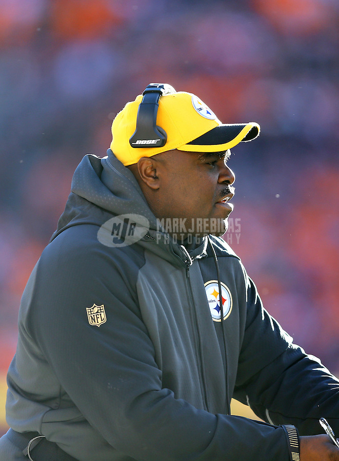 Jan 17, 2016; Denver, CO, USA; Pittsburgh Steelers running backs coach James Saxon against the Denver Broncos during the AFC Divisional round playoff game at Sports Authority Field at Mile High. Mandatory Credit: Mark J. Rebilas-USA TODAY Sports