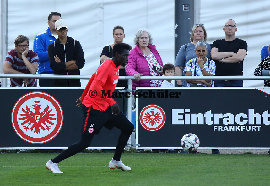 Danny da Costa (Eintracht Frankfurt) - 10.10.2018: Eintracht Frankfurt Training, Commerzbank Arena, DISCLAIMER: DFL regulations prohibit any use of photographs as image sequences and/or quasi-video.