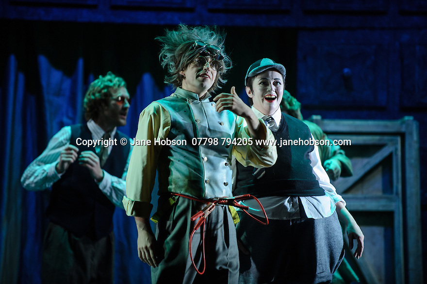 London, UK. 07.10.2015. English Touring Opera presents THE TALES OF HOFFMANN, at the Britten Theatre, Royal College of Music. Written by Jacques Offenbach, with libretto by Jules Barbier, this production is directed by James Bonas. Picture shows: Adam Tunnicliffe (Spalanzani), Louise Mott (Nicklausse). Photograph © Jane Hobson.