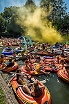 Nederland, Utrecht, 08-08-2015 - '  The largest Parade of Inflatable Boats '  sailed through the Utrecht canals. More over 275 rubber boats, a world record the organization claims, went through the historical canals in the city centre.  FOTO: Gerard Til /  Hollandse Hoogte