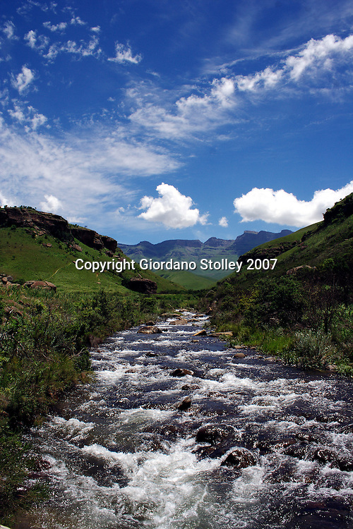 GIANTS CASTLE - 30 December 2007 - A peaceful scene in South Africa's Drakensberg Mountains near the peak of Giant's Castle..Picture: Giordano Stolley/Allied Picture Press