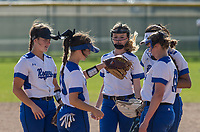 NWA Democrat-Gazette/BEN GOFF @NWABENGOFF<br /> Rogers vs Springdale Har-Ber softball Thursday, April 12, 2018, during the game at Veterans Park in Rogers.