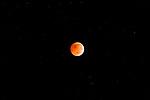 Eclipse lunar / eclipse de luna en solsticio, 21 de diciembre de 2010.<br /> <br /> Edición de 3 | Víctor Santamaría.
